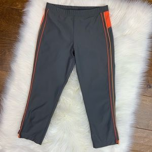 Xersion fitted cropped leggings